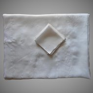 Vintage Hand Embroidered Rice Linen Tablecloth 12 Napkins Set