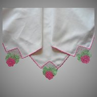 Tea Tablecloth Vintage Pink Roses Filet Crocheted Lace Corners Green White