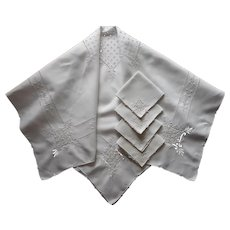 Vintage Linen Italian Work Hand Embroidery Cutwork Tablecloth Set Napkins Square