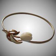 Vintage Pikake Bracelet Avon Faux Molded Hawaiian Flower Hinged