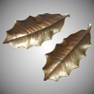 Virginia Metalcrafters Vintage Brass Leaf Pair Holly Dish Ashtray