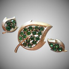 Vintage Set Pin Brooch Earrings Leaf Shape Green Rhinestones
