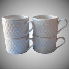 Oneida Basketweave 4 Cups Majesticware Stoneware