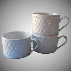 Oneida Basketweave 3 Cups Majesticware Stoneware