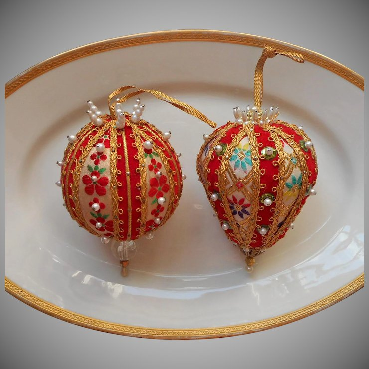 vintage christmas tree ornaments bead sequin brocade red gold