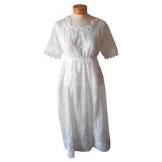 Armistice Era Dress Antique All White ca 1918 Embroidery Lace TLC