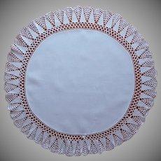 Antique Centerpiece Linen Crocheted Lace Round Table Topper TLC
