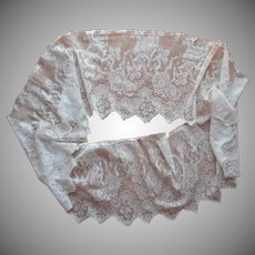 Antique Lace Flounce Filmy Deep Pointed Edges