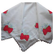 Vintage Tea Tablecloth Strawberries Appliqued Hand Embroidered TLC
