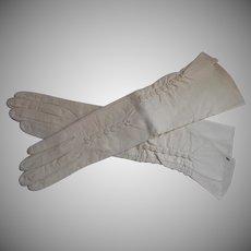Vintage Leather Gloves Bone Colored Gathered Decoration