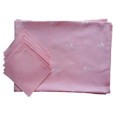 Pink Linen Tablecloth 6 Napkins Set White Flowers Embroidery 68 x 90