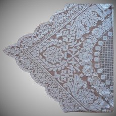 Filet Lace Tablecloth 1920s Vintage TLC 85 x 66