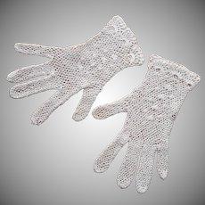 Crocheted Lace Gloves Vintage Medium White