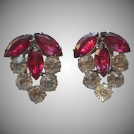 1930s Dress Clips Pink Clear Rhinestones Vintage Petite Size Pair