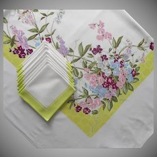 Vintage Tablecloth Napkins Set Printed Print Sweet Peas Chartreuse