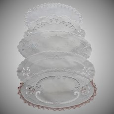 Bread Tray Doilies Linen Antique To Vintage 1910s to 1940s TLC