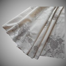Round Tablecloth Vintage Ecru Hand Embroidery Lace Inserts Cutwork