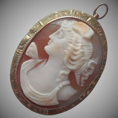 14K Gold Cameo Pendant Vintage To Antique Carved Shell