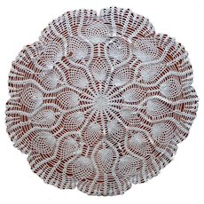Crocheted Lace Round Small Tablecloth Vintage Pineapple Topper