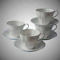 Royal Albert Morning Star 4 Cups 4 Saucers Vintage Bone China