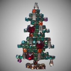 Weiss 6 Candle Christmas Tree Pin Vintage Signed