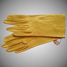 Vintage Unworn Leather Gloves Yellow Butter Soft 7