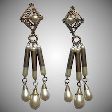 1980s Shoulder Duster Faux Pearl Dangle Earrings Pierced Vintage