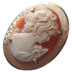 Cameo Pin Vintage ca 1970 Krementz Carved Shell Pendant Loop