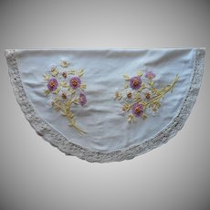 1910s Round Oval Tablecloth Centerpiece Antique Thick Hand Embroidery Lace