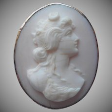 Pink Conch Shell Carved Cameo Pin Antique Diana Artemis