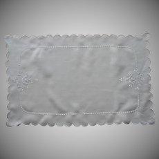 ca 1920 Tray Cloth Vintage Cutwork Hand Embroidery Linen TLC
