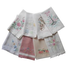 1940s to 1950s Guest Hand Towels Vintage Hand Embroidery