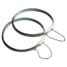 Pair Dainty Hinged Sterling Silver Bangle Bracelets Vintage Engraved