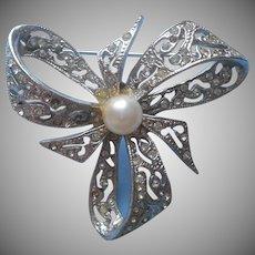 Diamante Pin 3 Loop Ribbon Bow Faux Pearl Vintage Rhinestones TLC