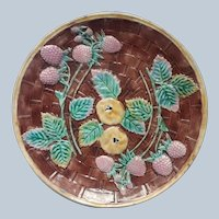 Victorian Majolica Plate Antique Etruscan Berries Quince Super Condition