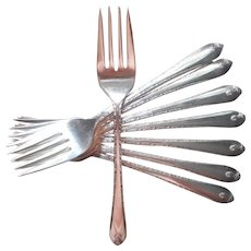 Exquisite 1940 8 Salad Forks Vintage Silver Plated