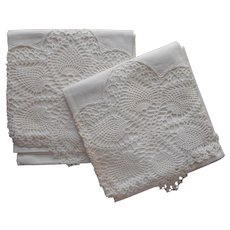 Pillowcases Vintage Unused Pineapple Crocheted Lace Cotton
