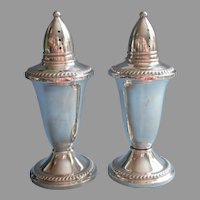Classic Sterling Silver Shakers Vintage Glass Lined Duchin Pair Salt Pepper
