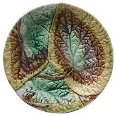 Antique Majolica Plate Victorian Round Begonia Leaves