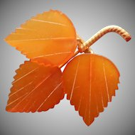 9K Gold Amber Carved Leaves Pin Vintage