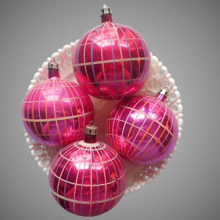 Vintage Poland Glass Christmas Ornaments Hot Pink Plaid Hand Painted 4