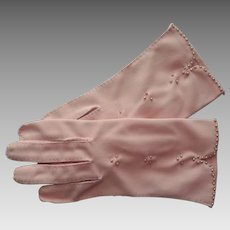 Pink Gloves Vintage 1950s Faux Pearl Beads Dawnelle Fabric Medium