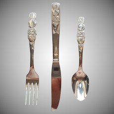 1980s Oneida Community Peter Rabbit Youth Set Flatware Stainless Steel Vintage