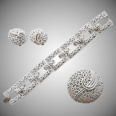 Crown Trifari Summer White Filigree Set Bracelet Pin Clip Earrings