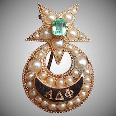 10K Gold Emerald Seed Pearls Alpha Delta Phi Fraternity Pin Antique