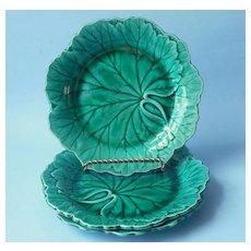 Wedgwood Majolica Green Leaf Form 3 Salad Plates Vintage Mid Century