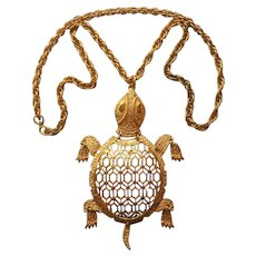 Articulated Turtle Pendant Long Necklace Vintage ca 1970