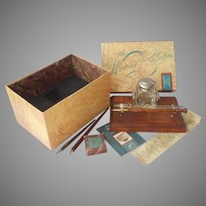 Authentic Models Writing Collection The Squire's Desk Set