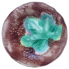 Antique Majolica Plate Wedgwood Grape Leaf Grapes Brown Green