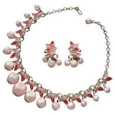 ca 1960 Pink Painted and Dangle Faux Pearl Necklace Earrings Set Vintage